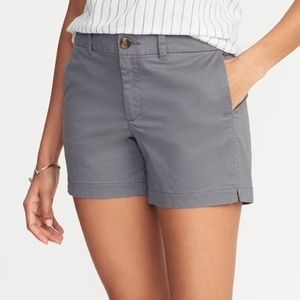 🆕 Old Navy Every Day Gray Shorts   5 inch inseam